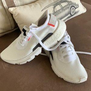 Adidas Pod S 3.1 Running shoes